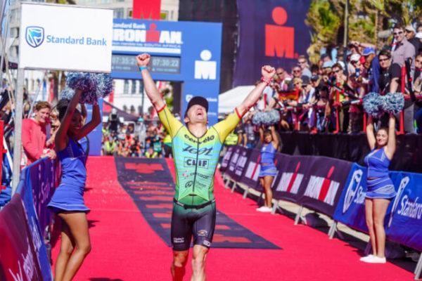 Splash Ironman Caroussel Image 11